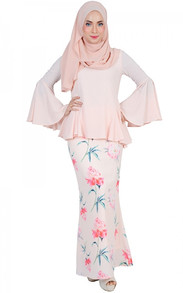 HASNA MODERN BAJU KURUNG SET - LIGHT SALMON